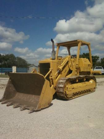 Caterpillar 977L Crawler Loader for sale in Kenya